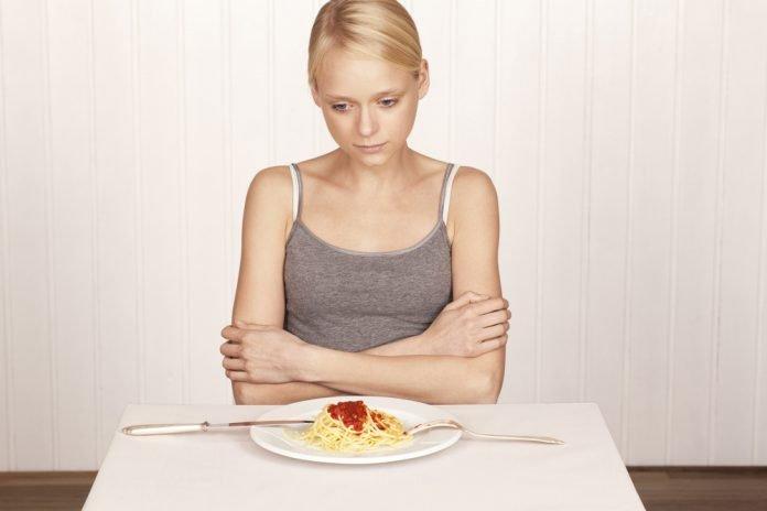 Appetitlosigkeit Ursachen Gründe Symptome Krankheiten