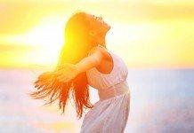 Frau Sonne Asthma Vitamine D Vitalstoffe Hilfe
