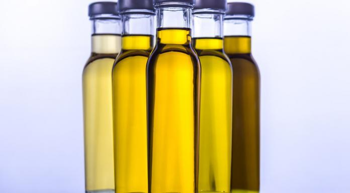 Leinöl Heilkraft aus Leinsamen Omega 3 Fettsäuren